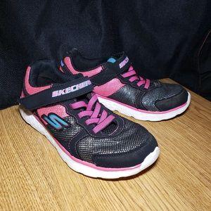Girls Black & Pink Sketchers Sneakers